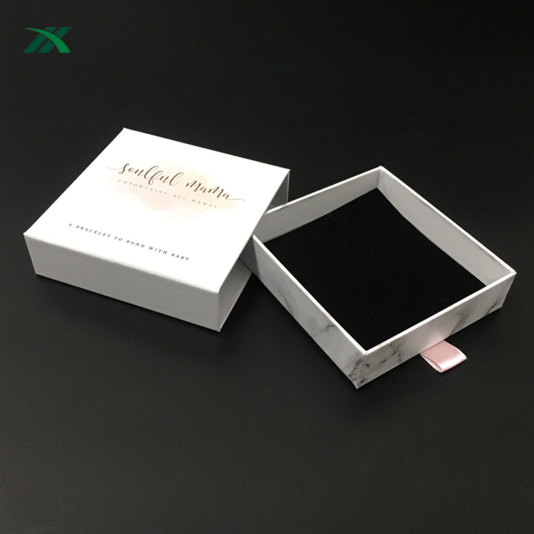 luxury printed white jewellery box with marble design for necklace packaging