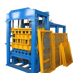 Italy automatic concrete block making machine/6 inches QT6-15 Brick Production Line