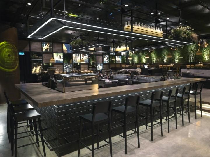Design de mode noir comptoir de bar design comptoir de bar for Comptoir bar design maison