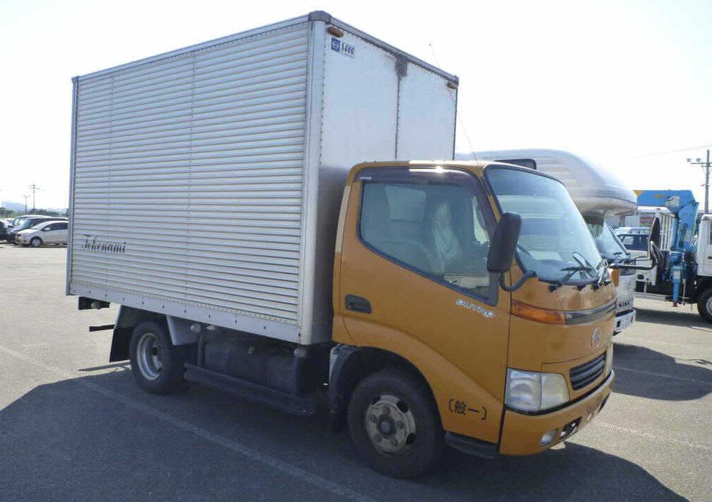 Hino Dutro Box Body Truck / S05d Engine