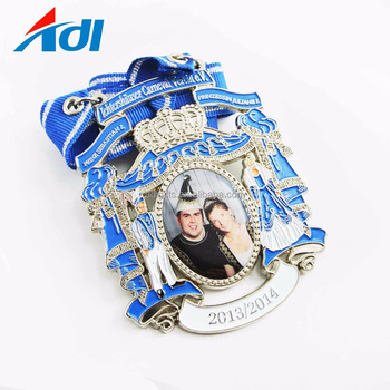 promotional customized soft enamel zinc alloy colorful medals manufacturer china