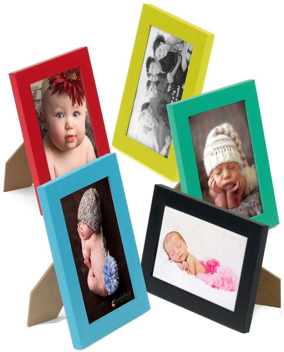 "Displays2go Set of 10-5""x7"" Wooden Photo frames in 5 Colors: Black, Yellow, Green, Blue and Red, for Tabletop or Wall Mount Use"