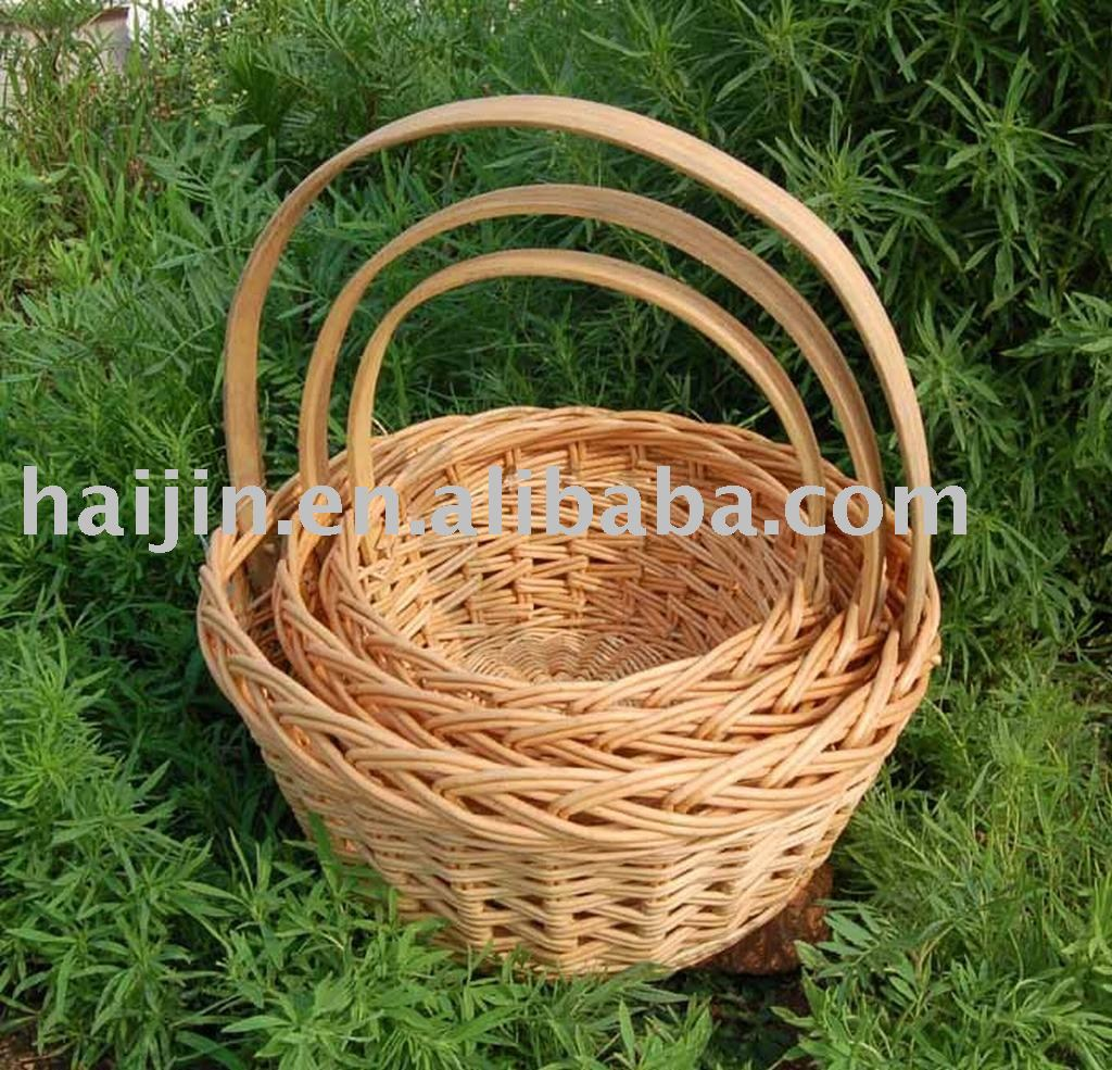Set of 3 Willow basket with long handle