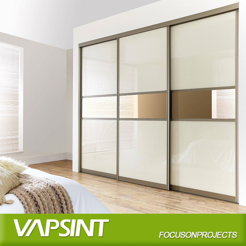 White lacquer wardrobes for small bedroom
