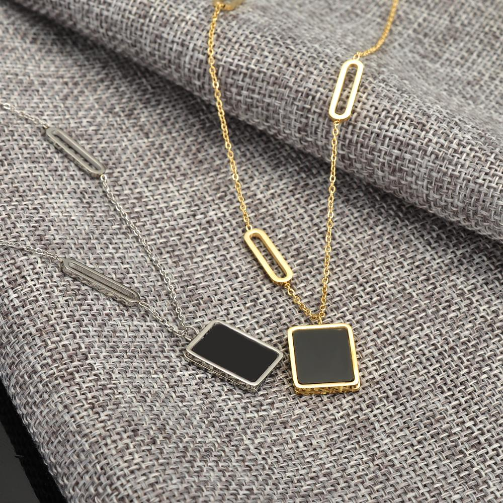 Wholesale Fashion Gold Jewelry Square Charm Pendant Women Necklace Luxury