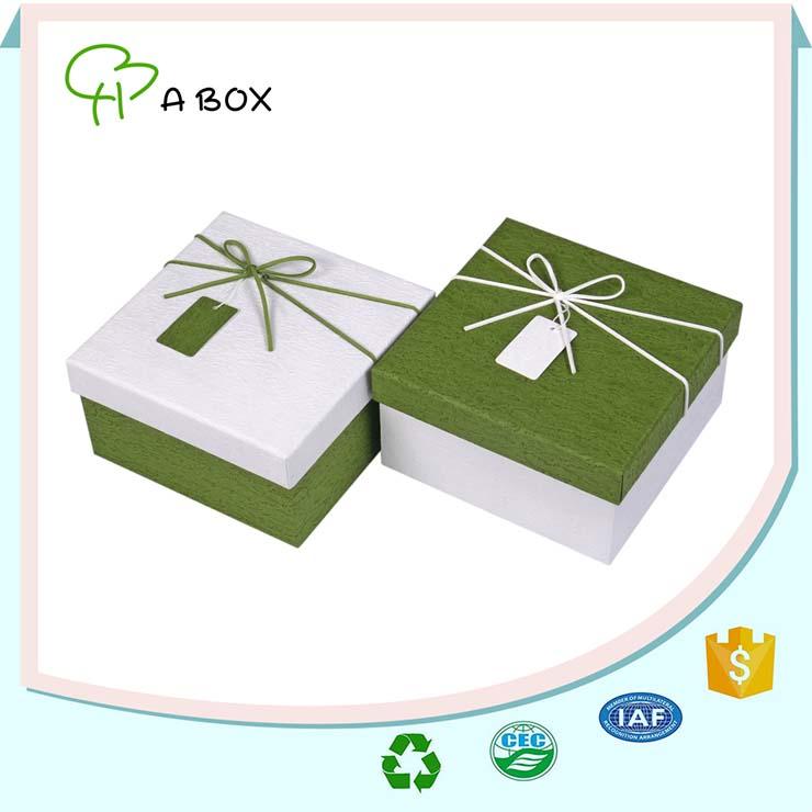 Personnalis carton papier cadeau bo te caisses d - Papier cadeau personnalise ...