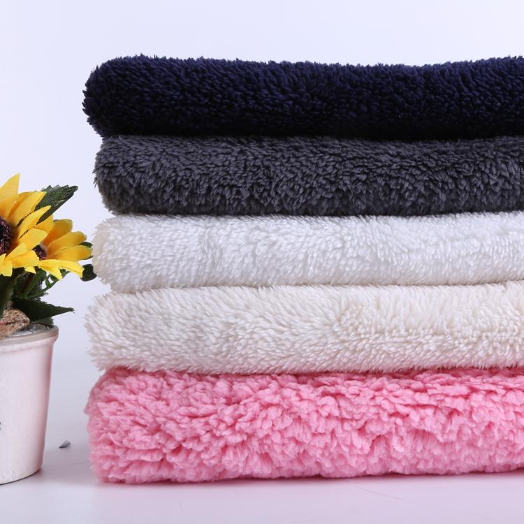 Tissu en tissu éponge velours teint uni de conception personnalisée du fabricant tissu velours noir doux
