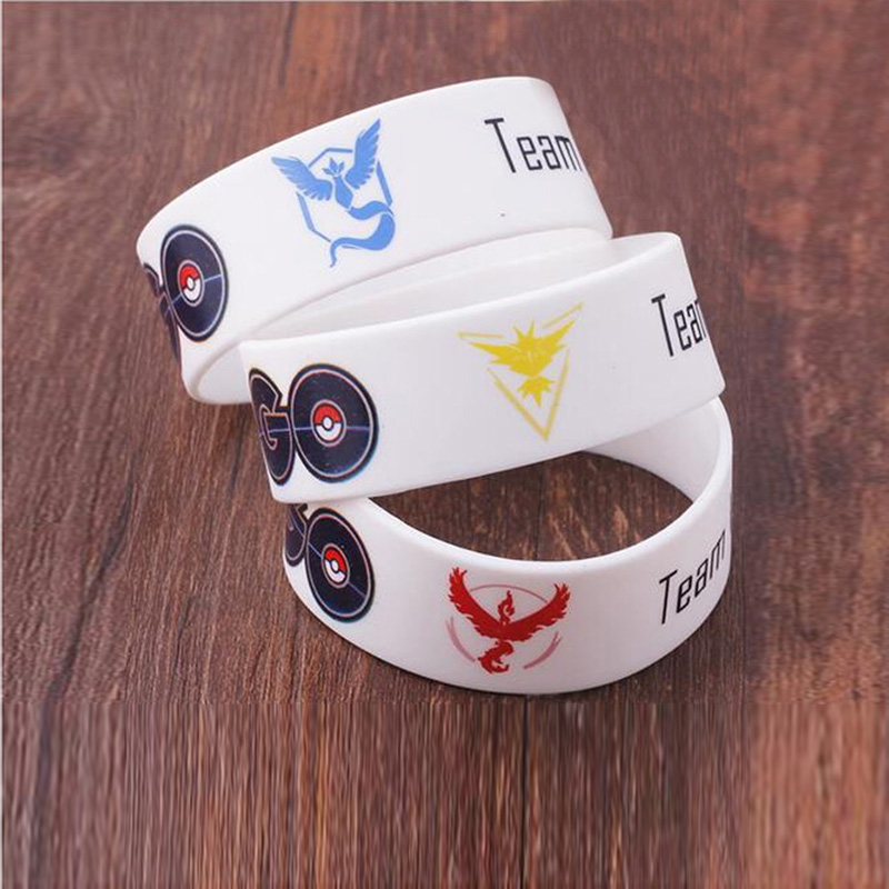 New Game Pokemon GO Bracelet Team Valor Instinct Mystic Logo Bangles Bar Yellow Red Blue Silicone Personalized for Fans