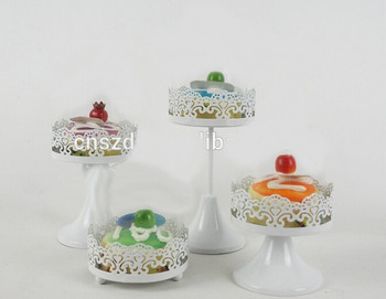 White Cake Plate Dome Vintage Glass Lid Cover Pedestal W Saver Stand Clear Footed NEW & White Cake Plate Dome Vintage Glass Lid Cover Pedestal W Saver Stand ...