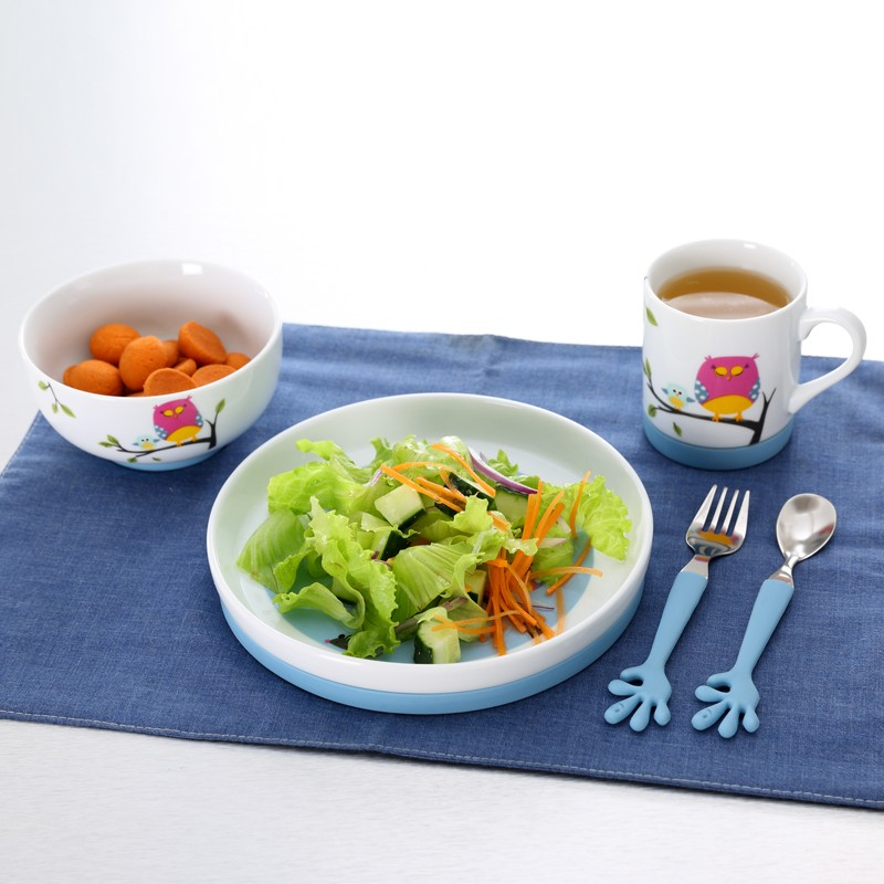 5pcs children cute brand names of dinner sets with silicone