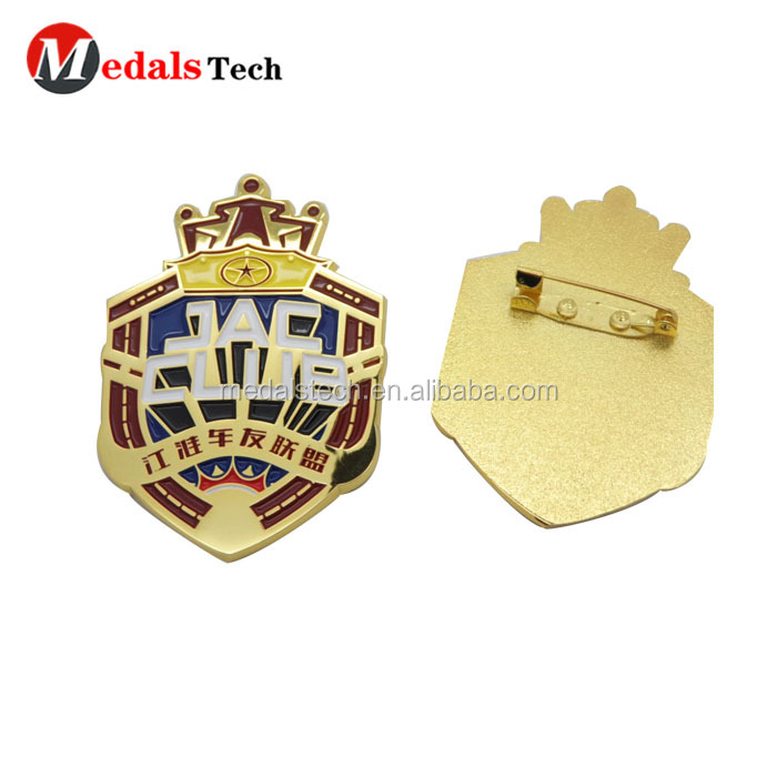 China Professional custom make flag shape golf ball club logo hard enamel national lapel pins