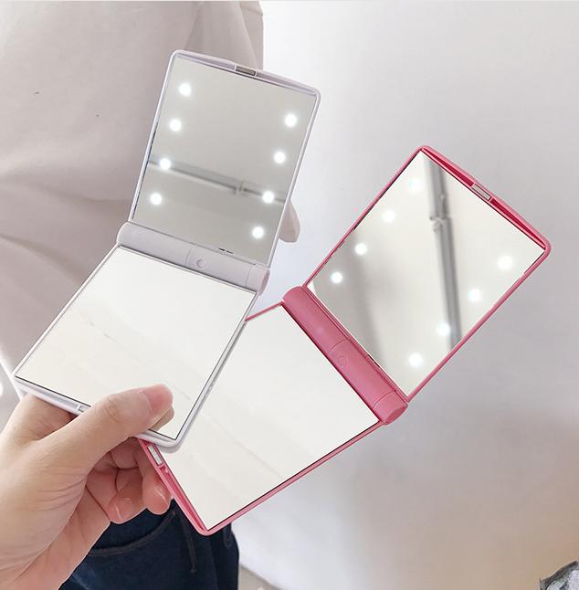 Espejo de bolsillo que ilumina el espejo de viaje Mini espejo de maquillaje con 8 LED y batería
