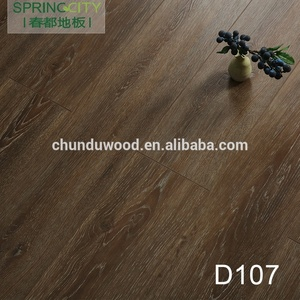 Uniclic laminate cherry oak