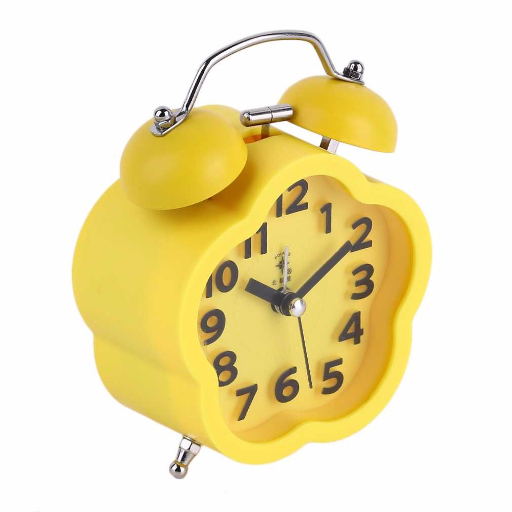 2016 Pentagram/Round Shape Student Children Bedside Bed Mute Table Cute Alarm Clock Essential Home Clock Small Size two Color