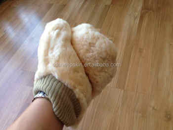 Sheepskin material wool wash mitten fancy cleaning gloves for Fish cleaning gloves
