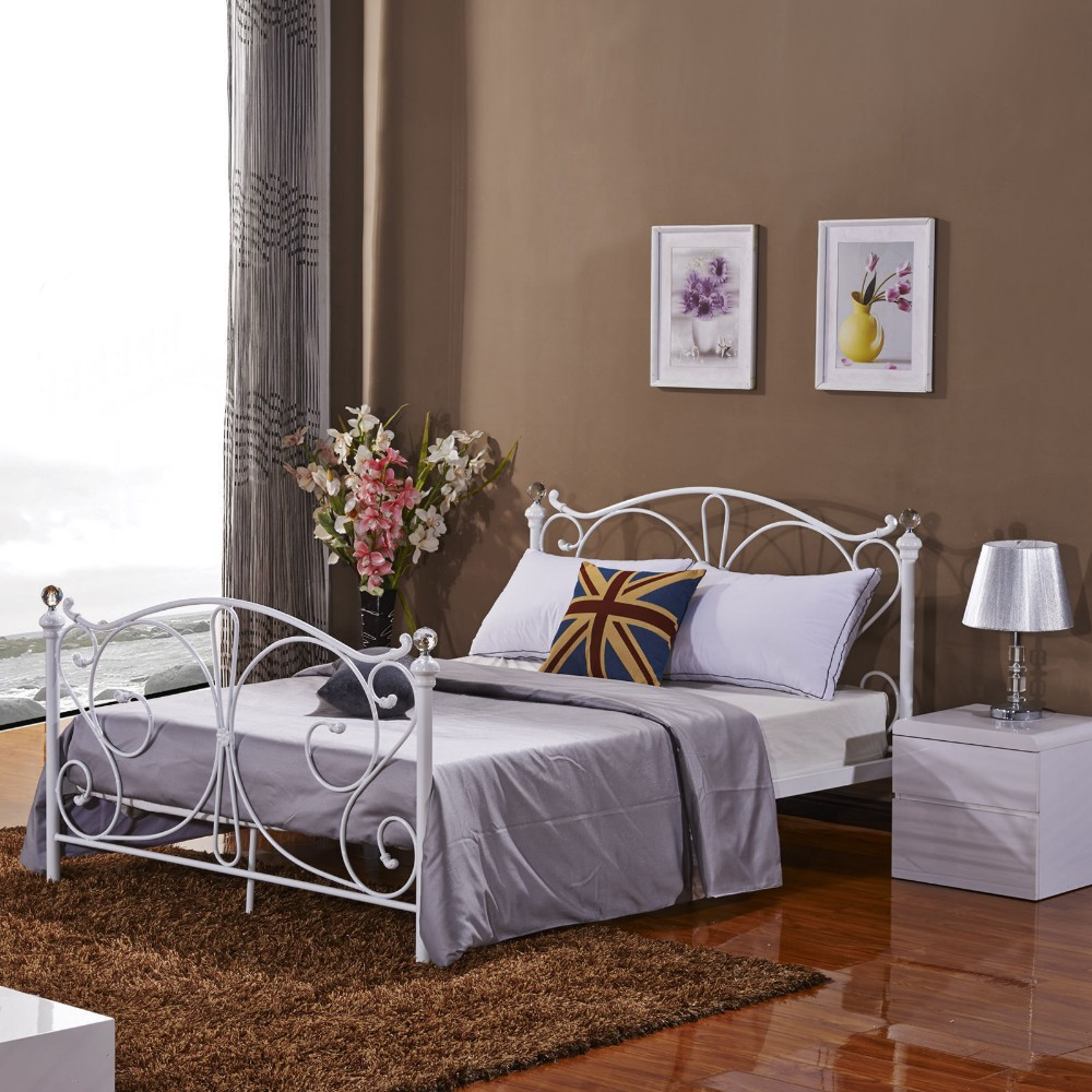 New Style Latest Metal Bed Modern Bedroom Sets Double Cot Bed Designs