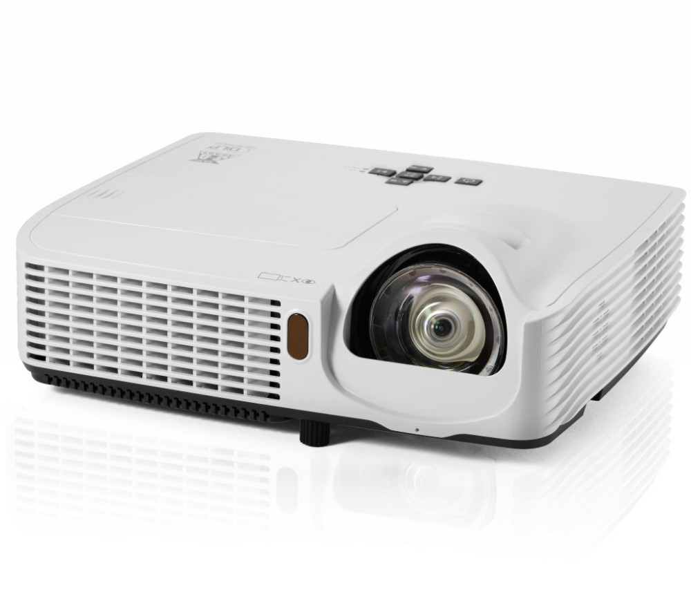 2016 New Arrival Business Education DLP 3D Short Throw Projector