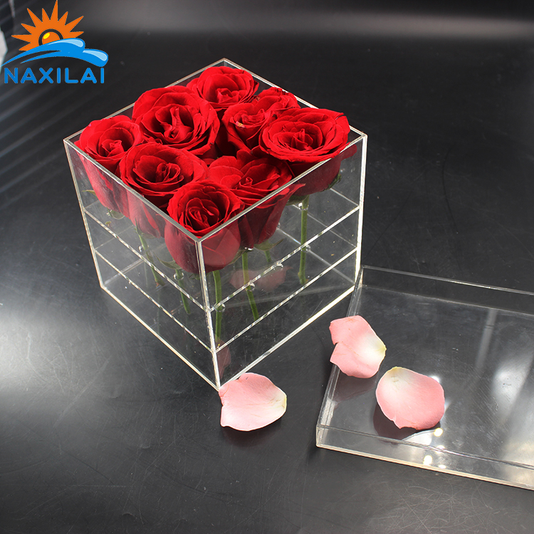 acrylic flower box3.jpg