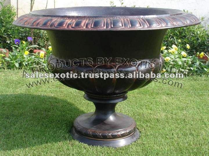 Decorative Garden Urns, Decorative Garden Urns Suppliers and ...