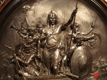 Bronze Wall Relief Sculpture With Soldier Statues - Buy Relief ...