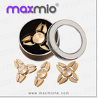 Logo personnalisé main bouger tri-spinner air chiffres spinner sur le bout des doigts