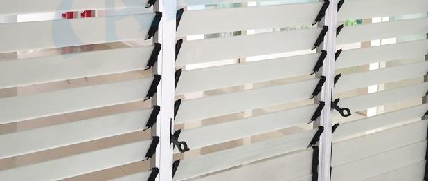 Vendite dirette della fabbrica 5mm sereno vetro della finestra di vetro della finestra della - Tagliare vetro finestra ...