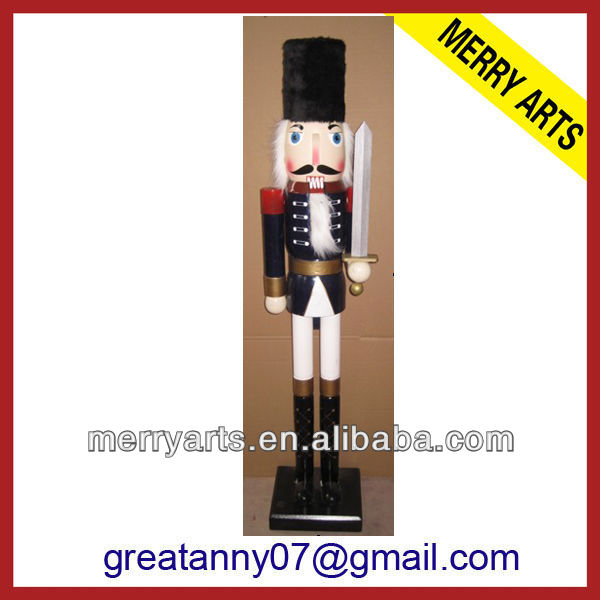 2016 china new style custom outdoor christmas nutcracker soldier wooden carving nutcracker