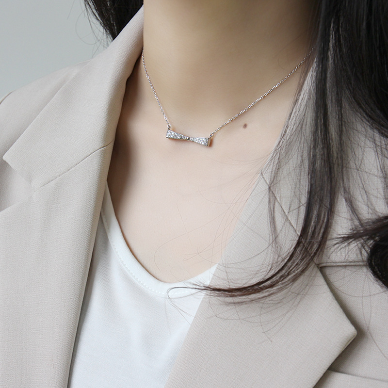 Fashion women sterling silver cubic zirconia bow tie necklace