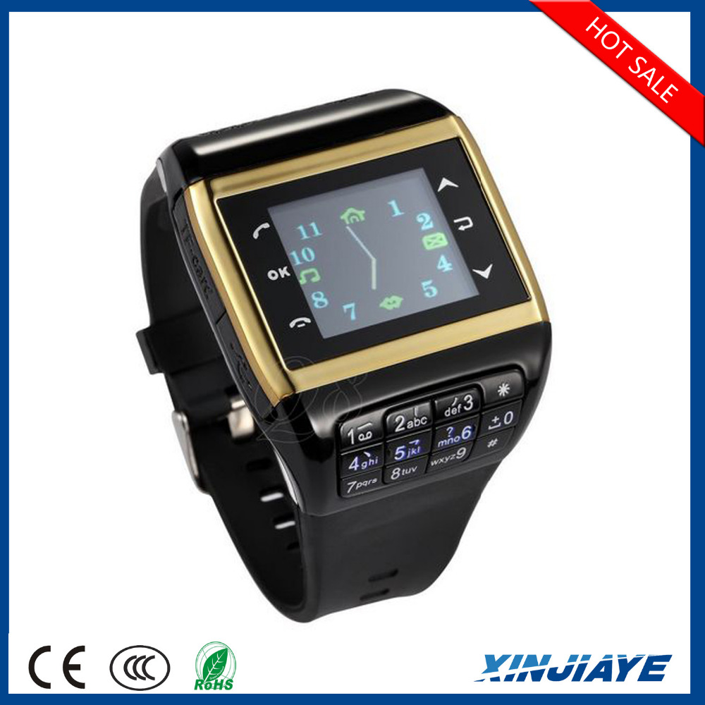 Factory wholesale fashion bluetooth smart watch 2015 Q8 with keyboard Dual SIM Card Dual standby phone