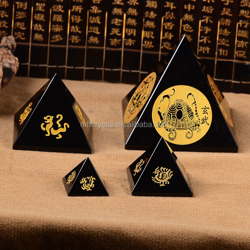 personalized Black Crystal Glass Pyramid Paperweight MH-F0573