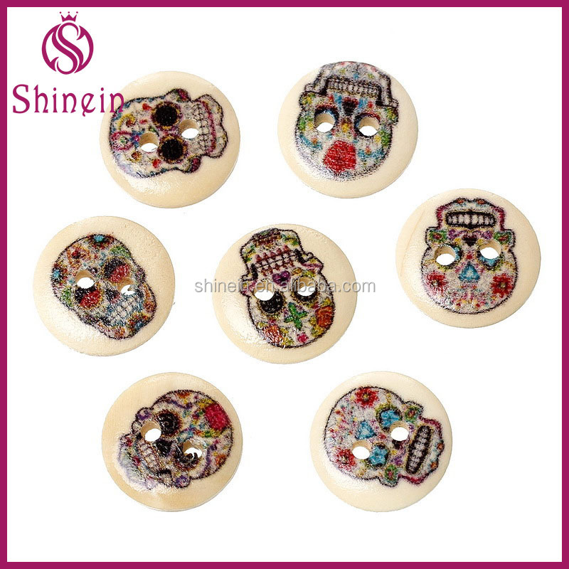 New Design 15 mm flatback 2 holes skull shaped wood button