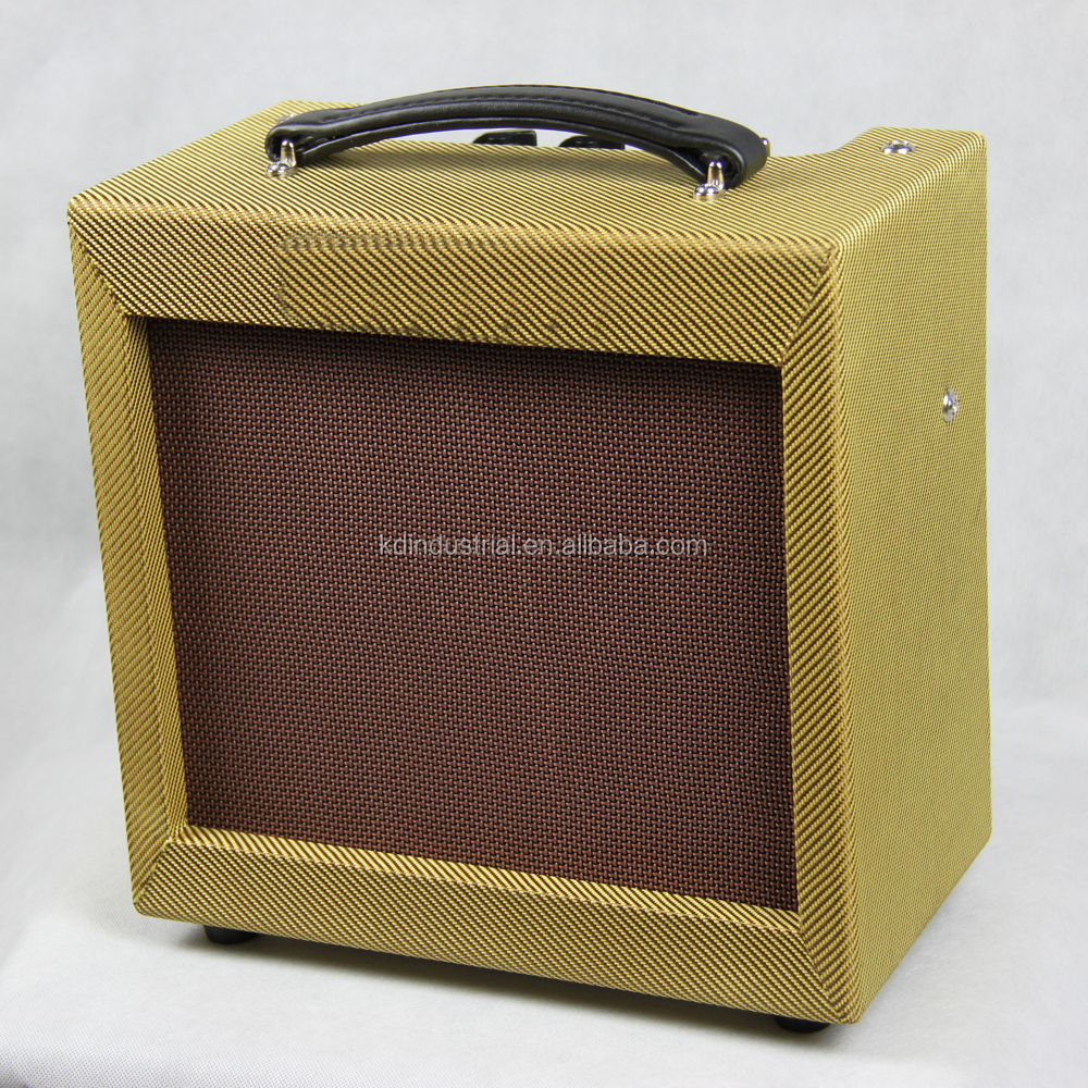 5 watts via single 6V6 output tube Class A 5W Guitar Tube Amplifier