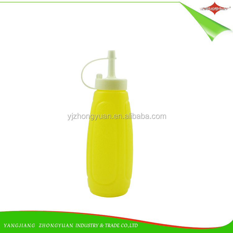 ZY-F3022 High quality hot selling squeeze PE plastic sauce bottle kitchen cooking oil sauce bottle