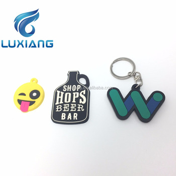 Personalized cool custom 3D Silicone Rubber PVC keychain promotional gifts logo keychains