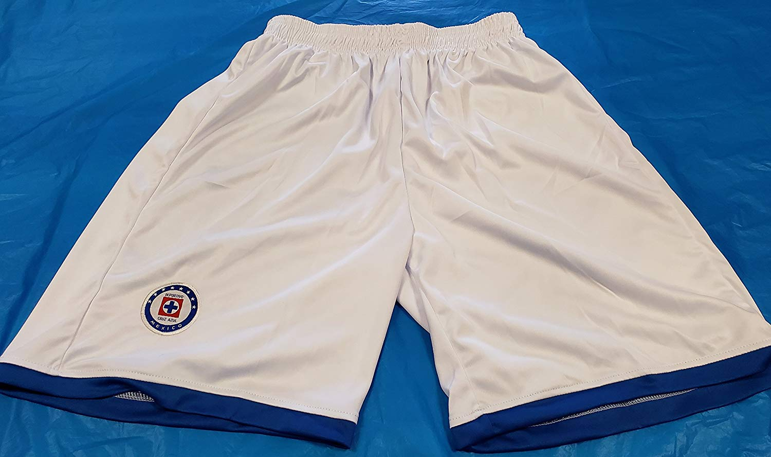 6894443b181 Get Quotations · New! La Maquina de Cruz Azul embroidered Short Size Small