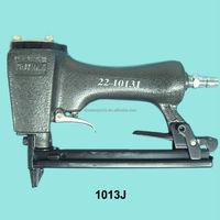 1013J pneumatic nail gun