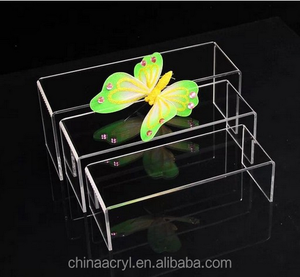 Customized size clear acrylic shoe wholesale display stand