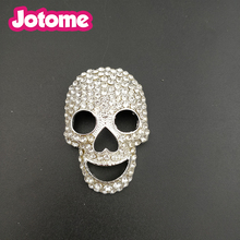 Hot selling custom silver plated 48mm crystal Halloween skull brooch pins