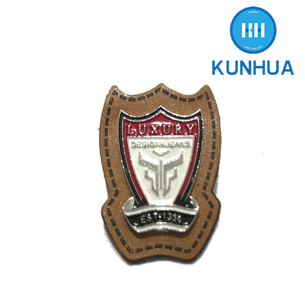 Factory Price customized cotton rope wooden badge Chrome Lotus Badge