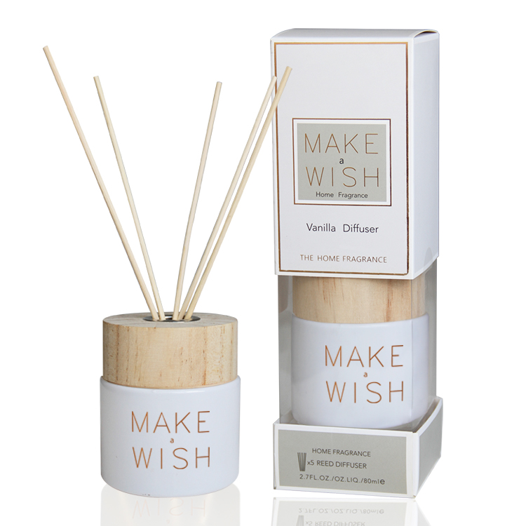 Customized Luxury Aroma Reed Diffuser With Rattan Sticks And Glass Reed Diffuser Bottle