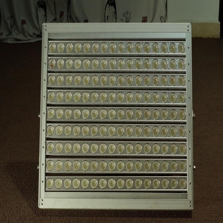 Stadium Lights Solar: Solar Football Field Lights High Heat Temperature Led