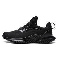 new fashion breathable insole wear-resisting and anti slip outsole men sport upper fly knit material shoes