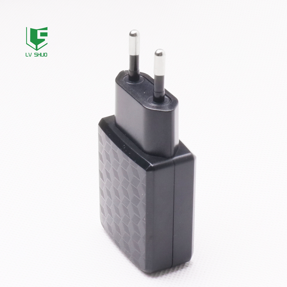 12V hot selling travel usb wall charger with cable