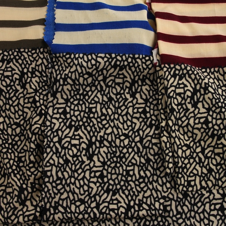 manufacturer custom design brushed polyester knitted stripe fdy printed fabric woven