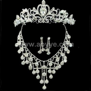 China Supplier Wholesale 2017 Latest Design Women Indian Bridal Jewelry Sets
