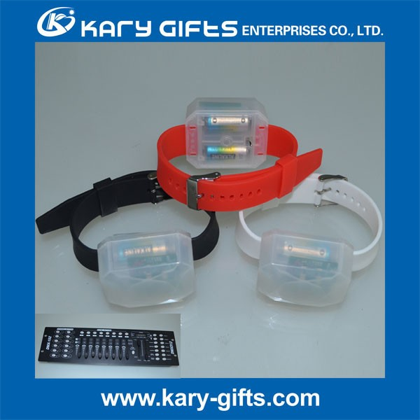Glowing LED Wristband Silicone DMX Control LED Light Bracelet