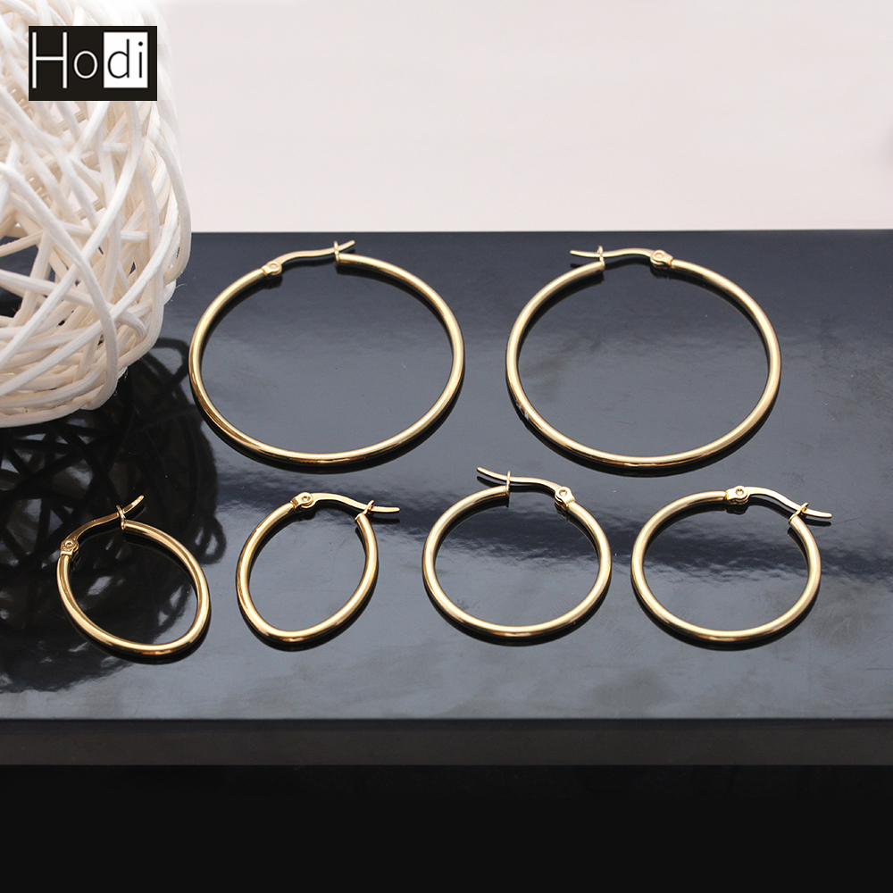 Classical Fashionable Different Sizes Daily Wear 14K Gold Plated Hoop Earrings for College Girls