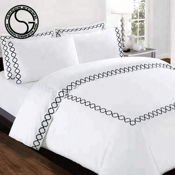 Hot Ing Embroidery Microfiber Bedding Sheet Set