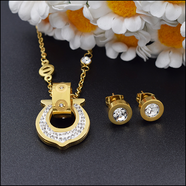 Turkey 2017 trendy fashion girl <strong>jewelry</strong> necklace pendant earrings 18k gold plated stainless steel brand gemstone <strong>jewelry</strong>