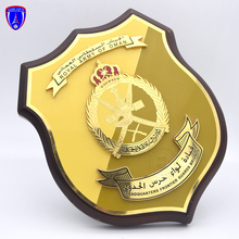 <span class=keywords><strong>Di</strong></span> alta Qualità Su Ordinazione Royal Army of Oman <span class=keywords><strong>scudo</strong></span> <span class=keywords><strong>di</strong></span> <span class=keywords><strong>Legno</strong></span> targhe souvenir in <span class=keywords><strong>legno</strong></span> <span class=keywords><strong>trofeo</strong></span> <span class=keywords><strong>premio</strong></span> <span class=keywords><strong>di</strong></span> fabbricazione